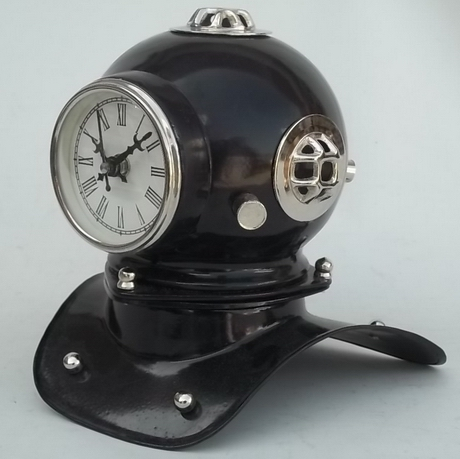 Decorative Diving Helmet With Clock
