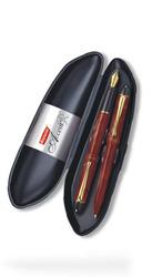Reynolds Acent Gift Pen