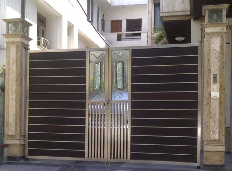 Stainless Steel Main Gate With Crackle Glass