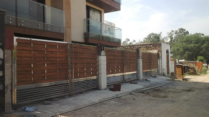 Stainless Steel Main Gates In 304 Grade