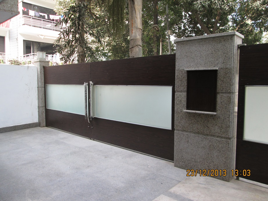 Stainless Steel Main Gates Stainless Steel Main Gate With