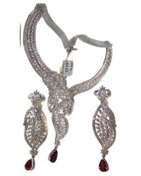Attractive Diamond Necklace Sets