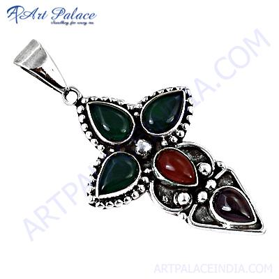 Antique Style Garnet & Green Onyx  Gemstone Silver Pendant