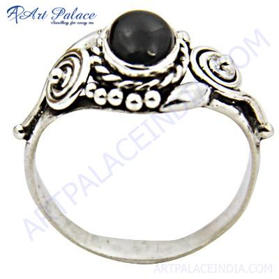 Antique Style Black Onyx Silver Gemstone Ring