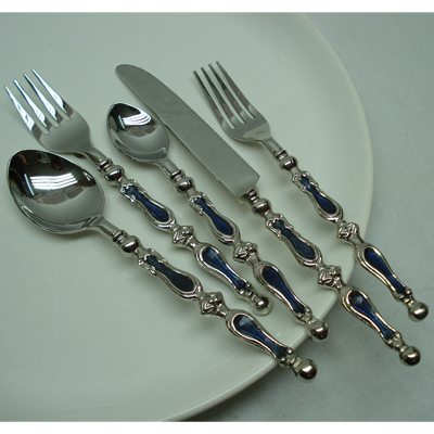 Horn Flatware Set Manufacturers