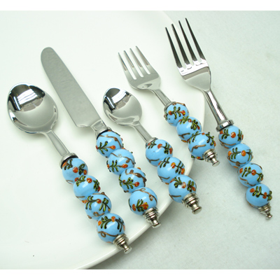 Beaded Flatware Set With Stainless Steel