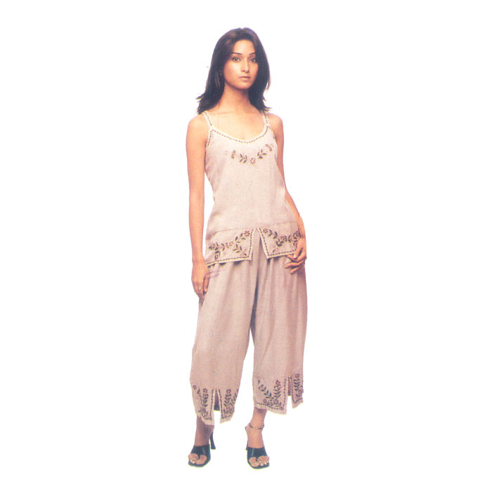 How to Lauren Ralph Lauren Capri Pajamas (Plus Size) Are you able to nonetheless apply certain benefit in which recuperation? On this page, all of us give you a number of useful methods for refurbishing the item of Pajama set so that you can put in a unique product in your inside.