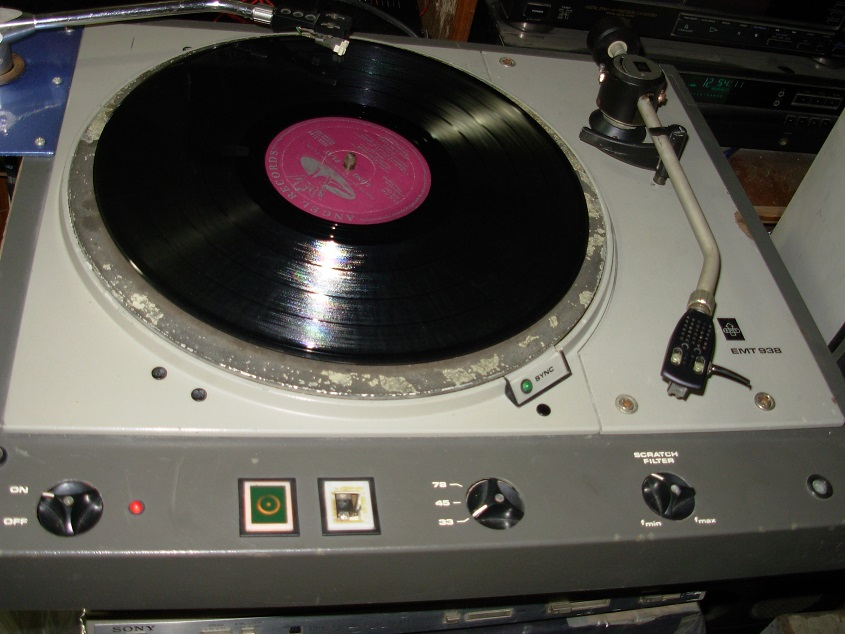 Turntable Used For Playing Records With 3 Speeds